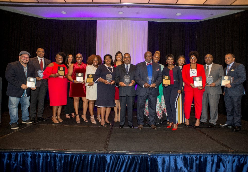 Winners pose at the 2018 BOMA Awards